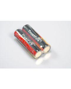 TrustFire protegido 18650 2400mAh Li-ion batería recargable (1 par)