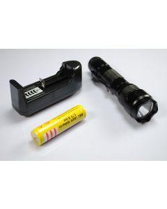Linterna LED UltraFire WF-502B XML U2 con batería 18650 y cargador